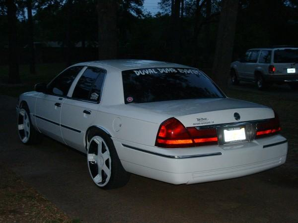 Another DuvalDumbRyders 2004 Mercury Grand Marquis post... - 12698277