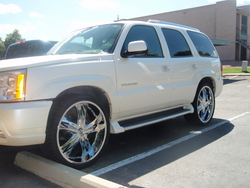 deeznuts21s 2004 Cadillac Escalade