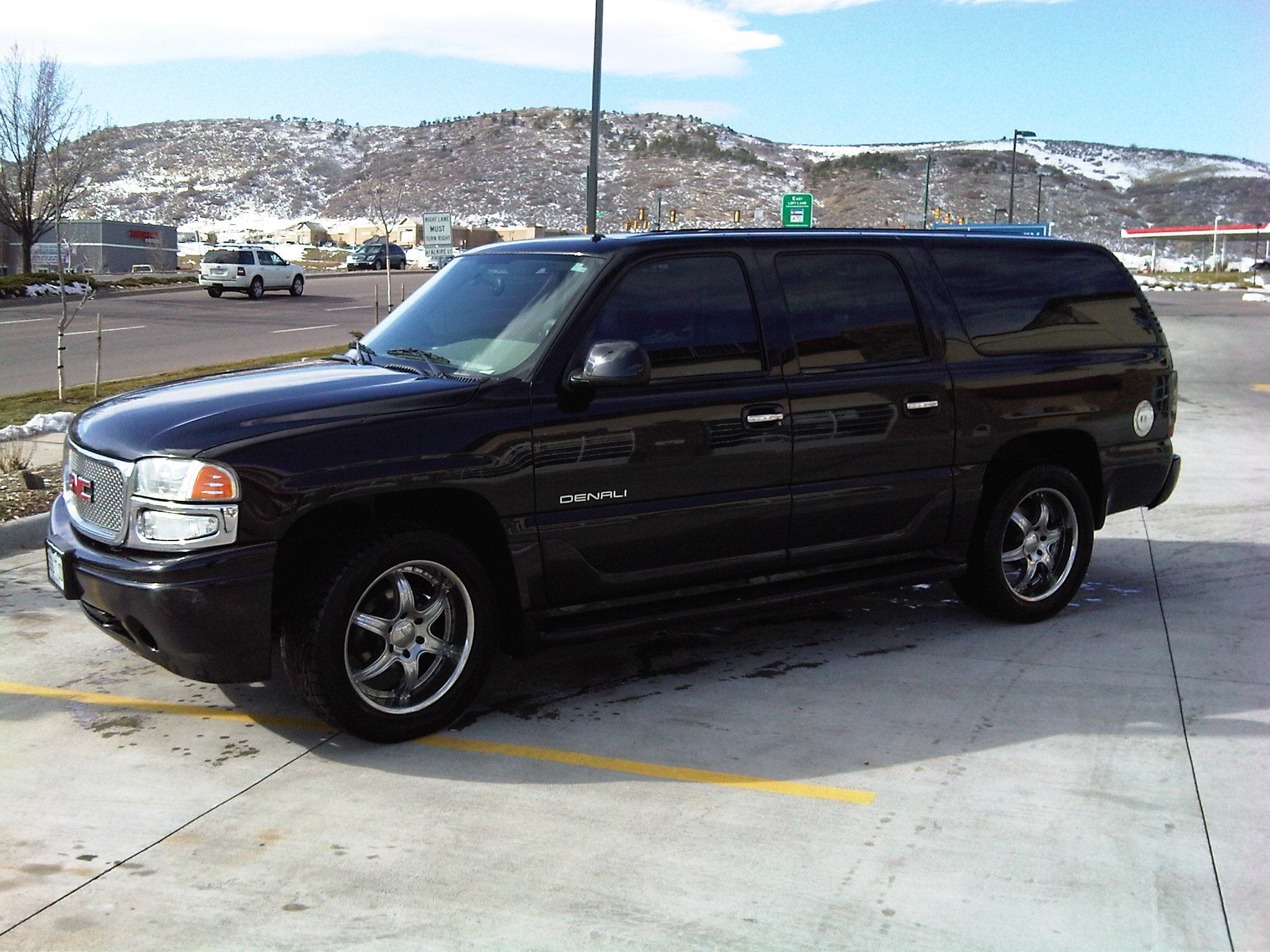rayrealmonte 2002 gmc yukon denali specs photos. Black Bedroom Furniture Sets. Home Design Ideas