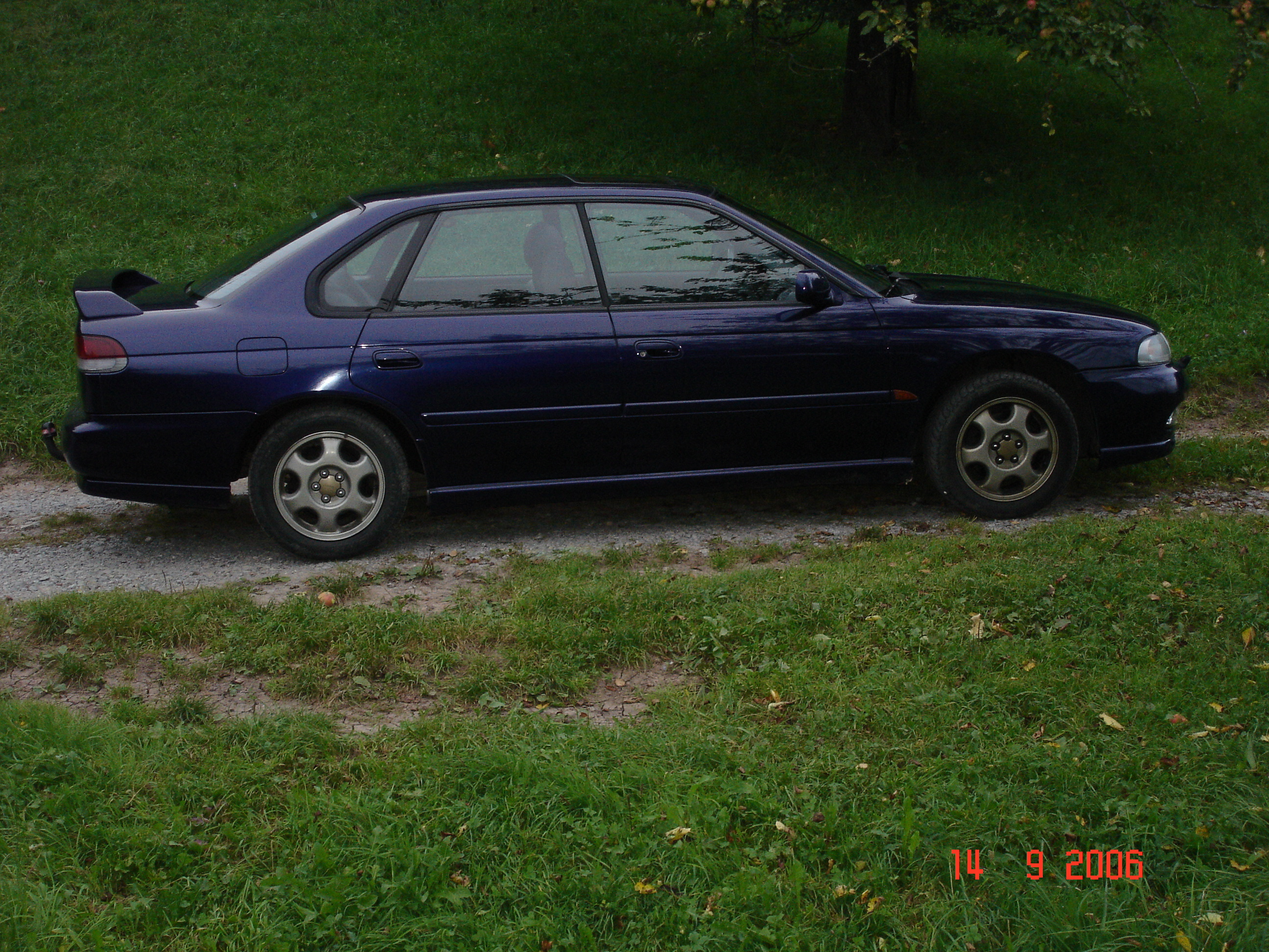 s_t_r_o_k_e_r 1998 subaru legacy specs, photos, modification info
