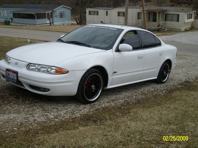 sassymomma26 39 s 2000 oldsmobile alero in ironton oh. Black Bedroom Furniture Sets. Home Design Ideas