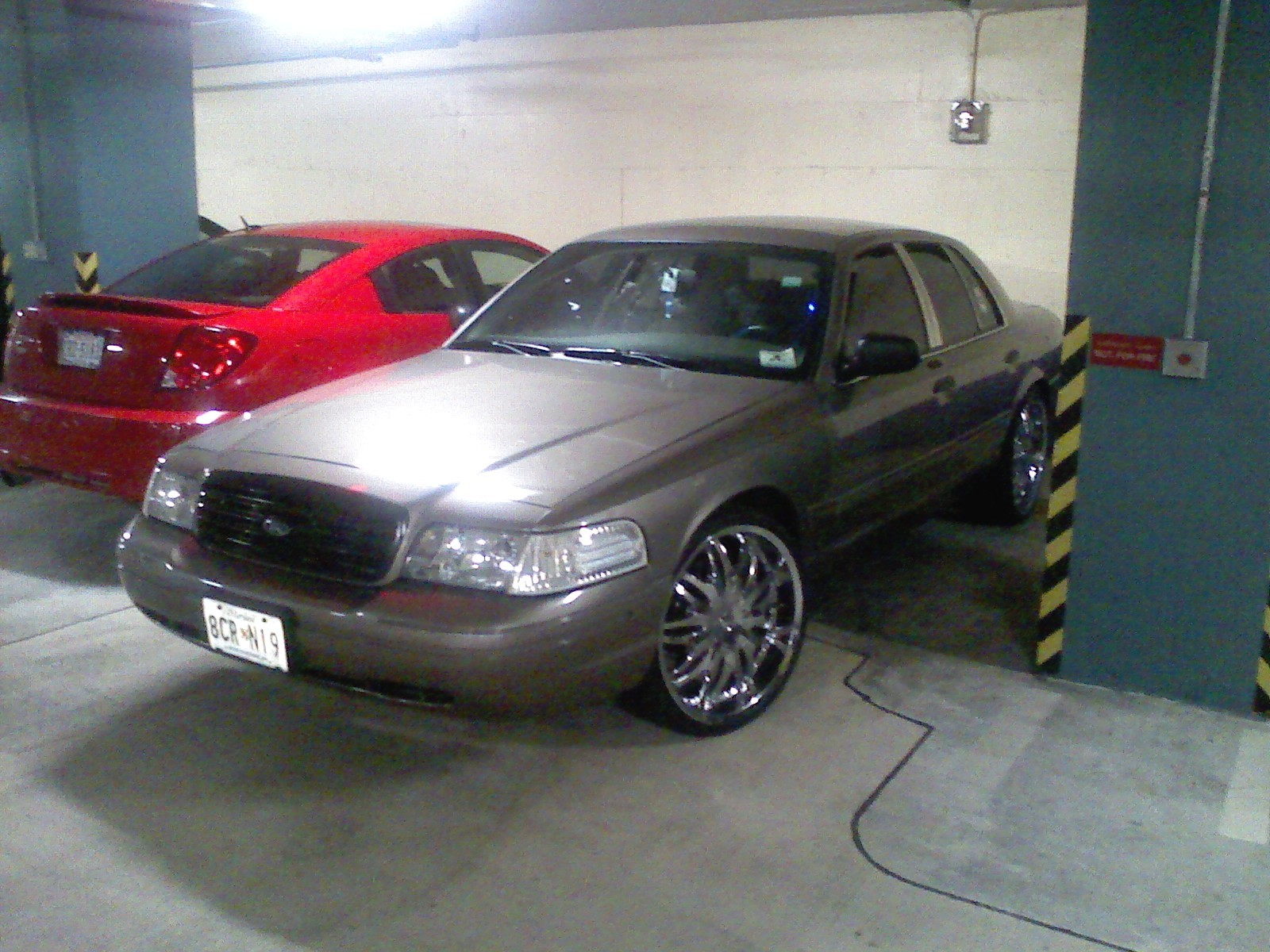 04vicboy 2004 ford crown victoria