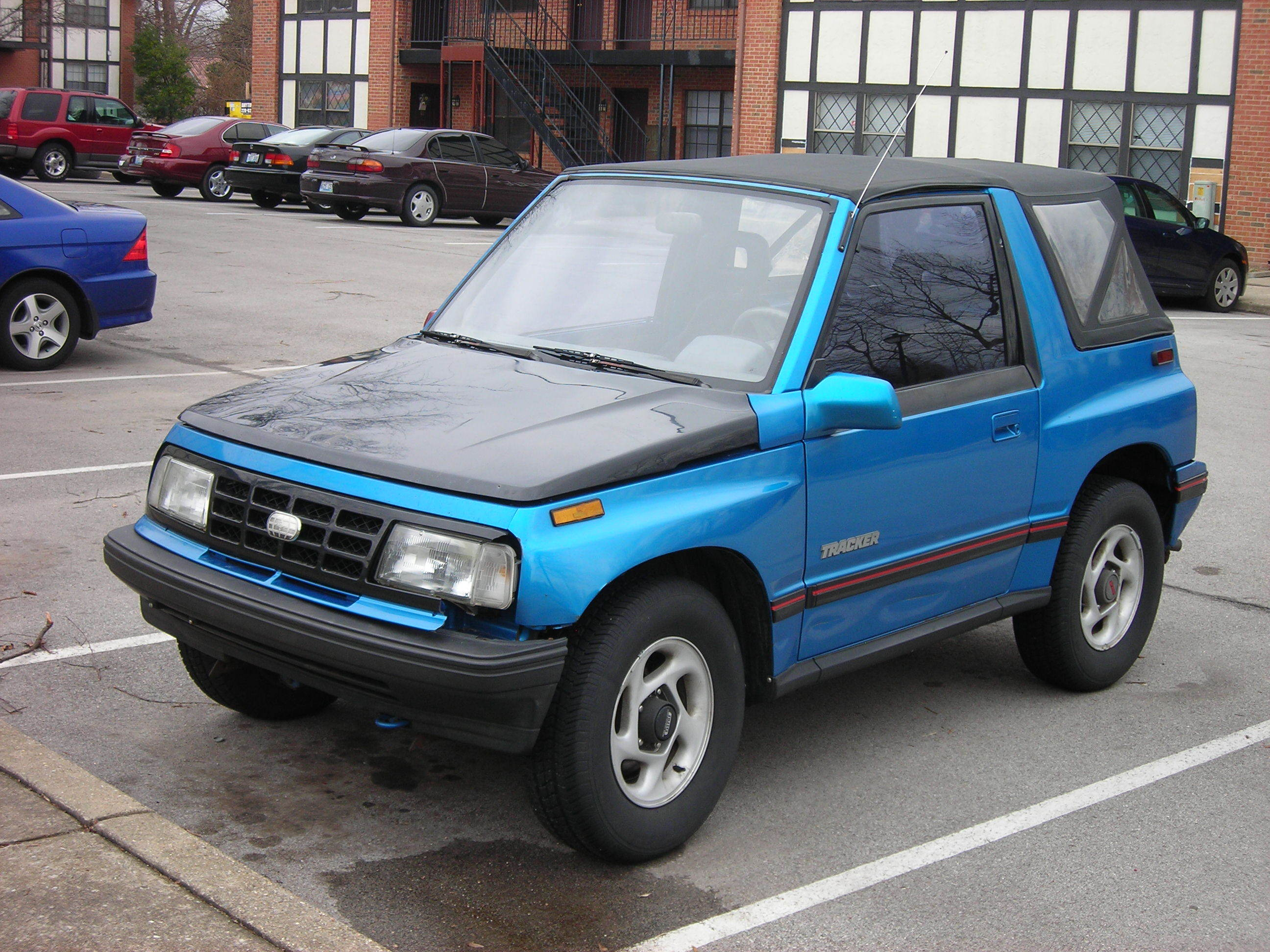 rushjunky 1990 geo tracker specs photos modification info at cardomain. Black Bedroom Furniture Sets. Home Design Ideas