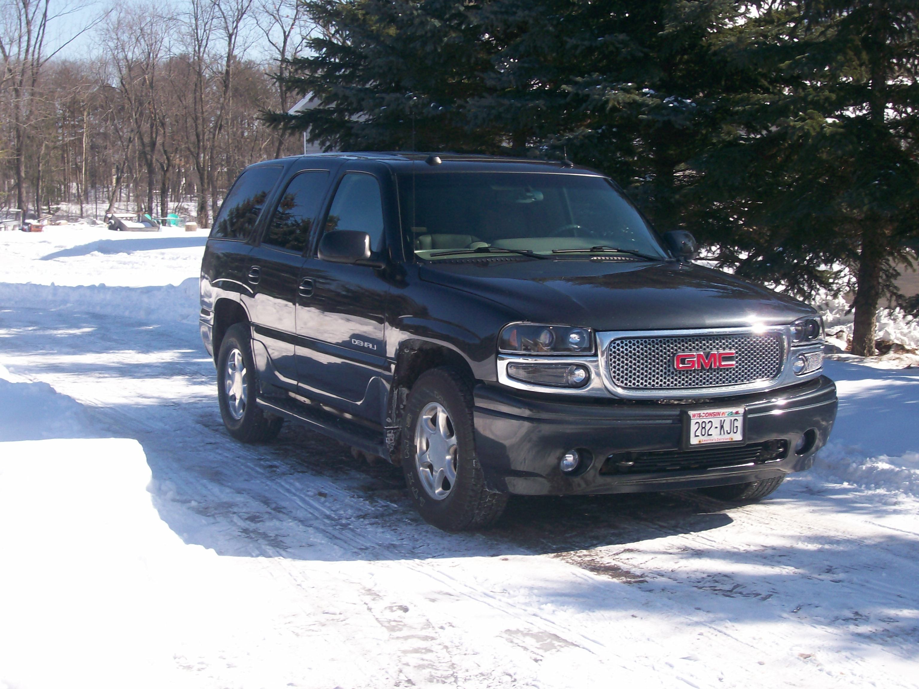 jwesenick79 2004 gmc yukon denali specs photos. Black Bedroom Furniture Sets. Home Design Ideas