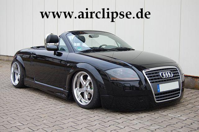 show tt 39 s 2001 audi tt in carlsberg. Black Bedroom Furniture Sets. Home Design Ideas