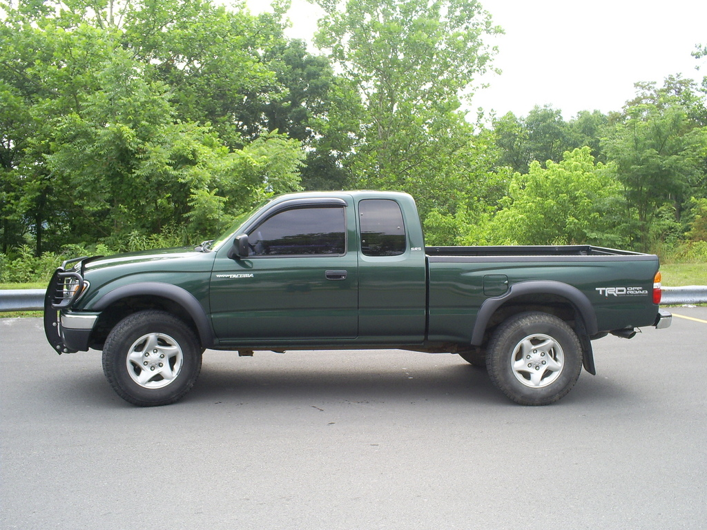 binski 1 2002 toyota tacoma xtra cab specs photos modification info at cardomain. Black Bedroom Furniture Sets. Home Design Ideas