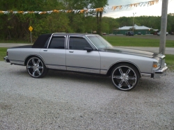 93chevybois 1990 Chevrolet Caprice 