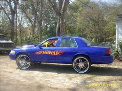 SICKVICK7s 2001 Ford Crown Victoria