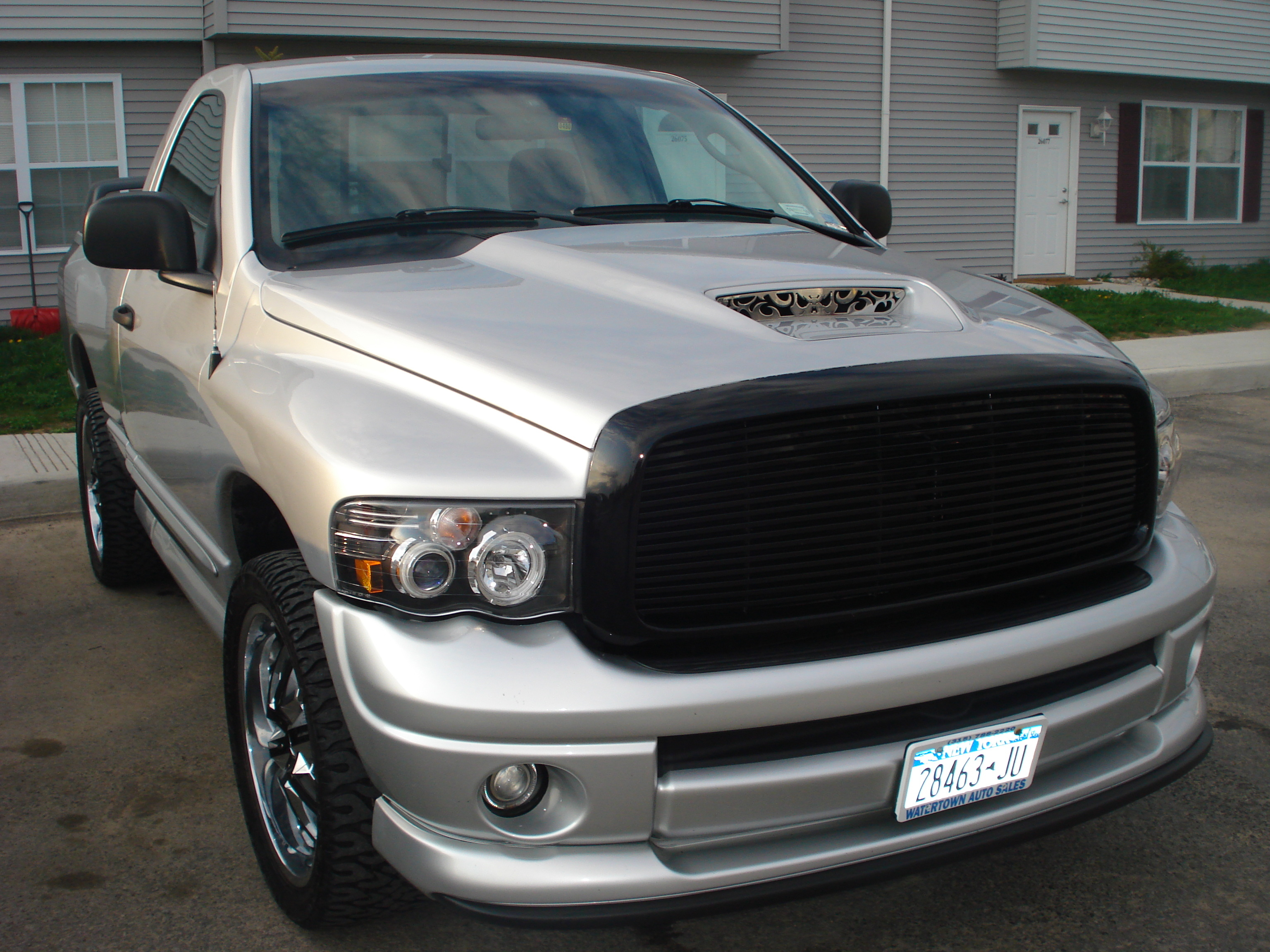 jessedrama 2005 dodge ram 1500 regular cab specs photos. Black Bedroom Furniture Sets. Home Design Ideas