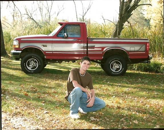 93 ford F150 4 inch lift 33 inch tires 112000 miles on it