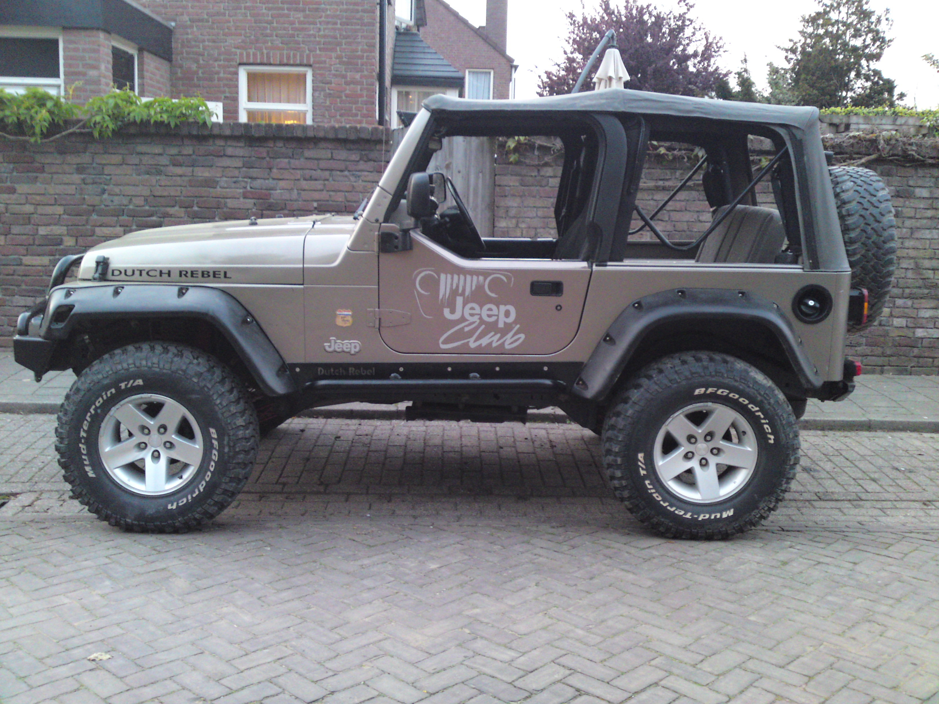 dutchrebel 2004 jeep rubicon specs photos modification. Black Bedroom Furniture Sets. Home Design Ideas