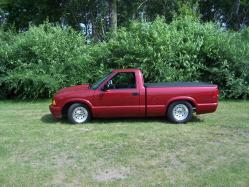 LilRedTruck96s 1996 GMC Sonoma Club Cab