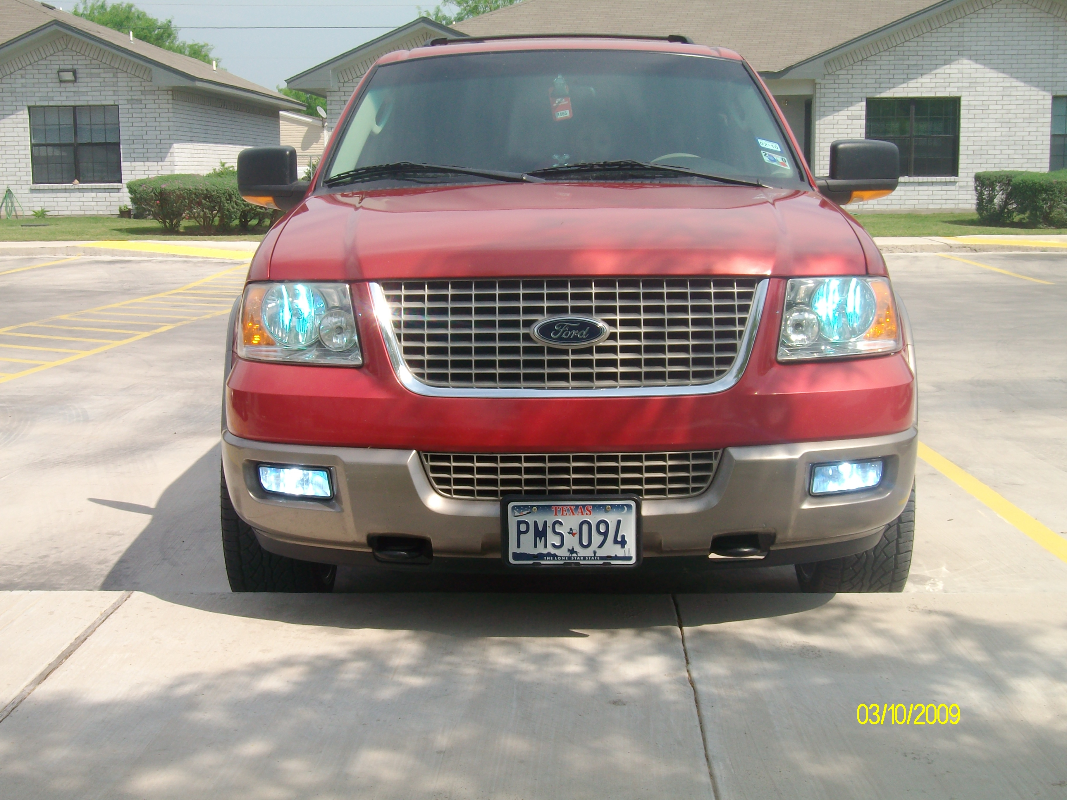 Lamarooni 2003 ford expedition 32922060001 original