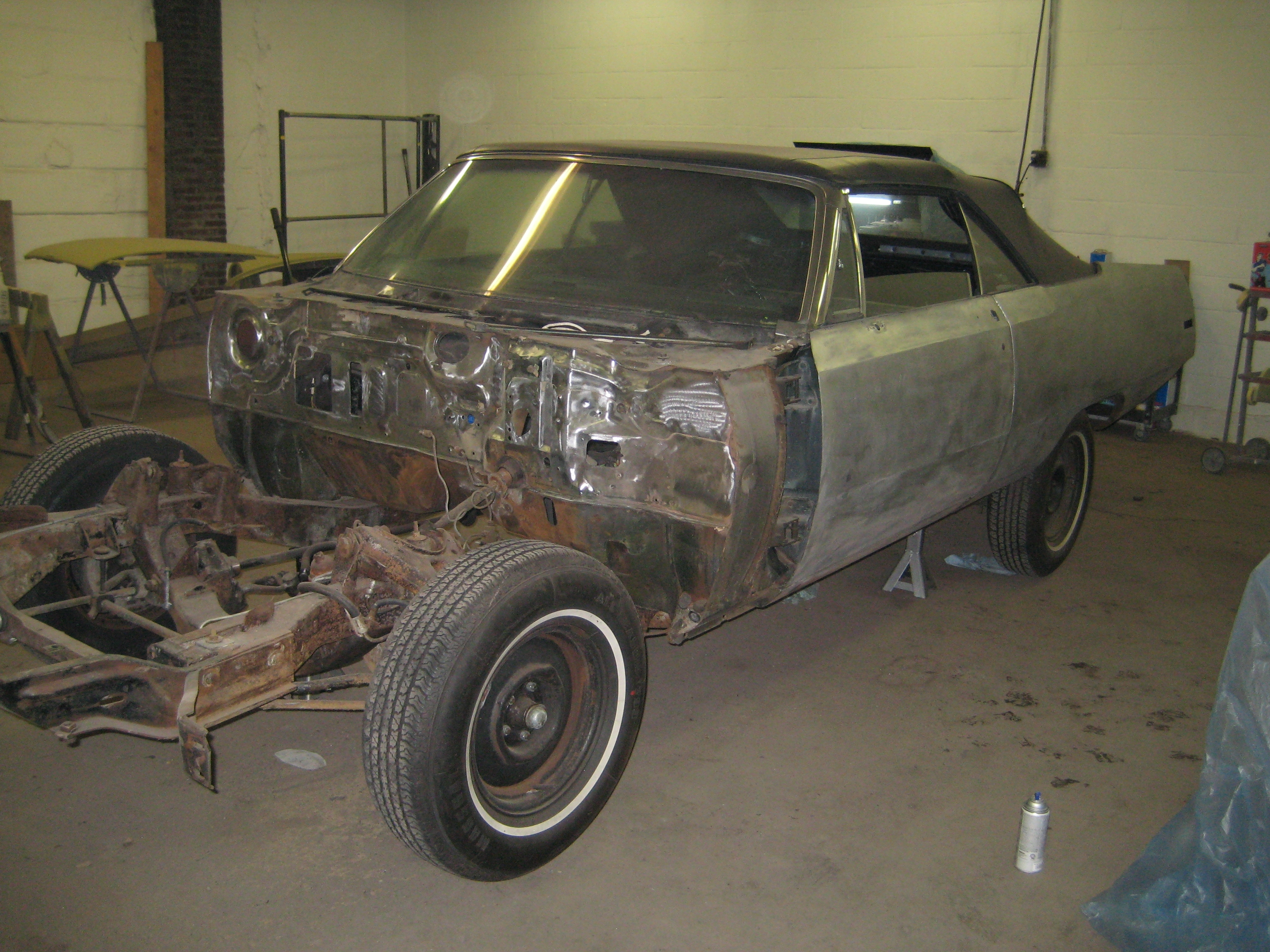 Another njred 1970 Chrysler Newport post... - 12794927