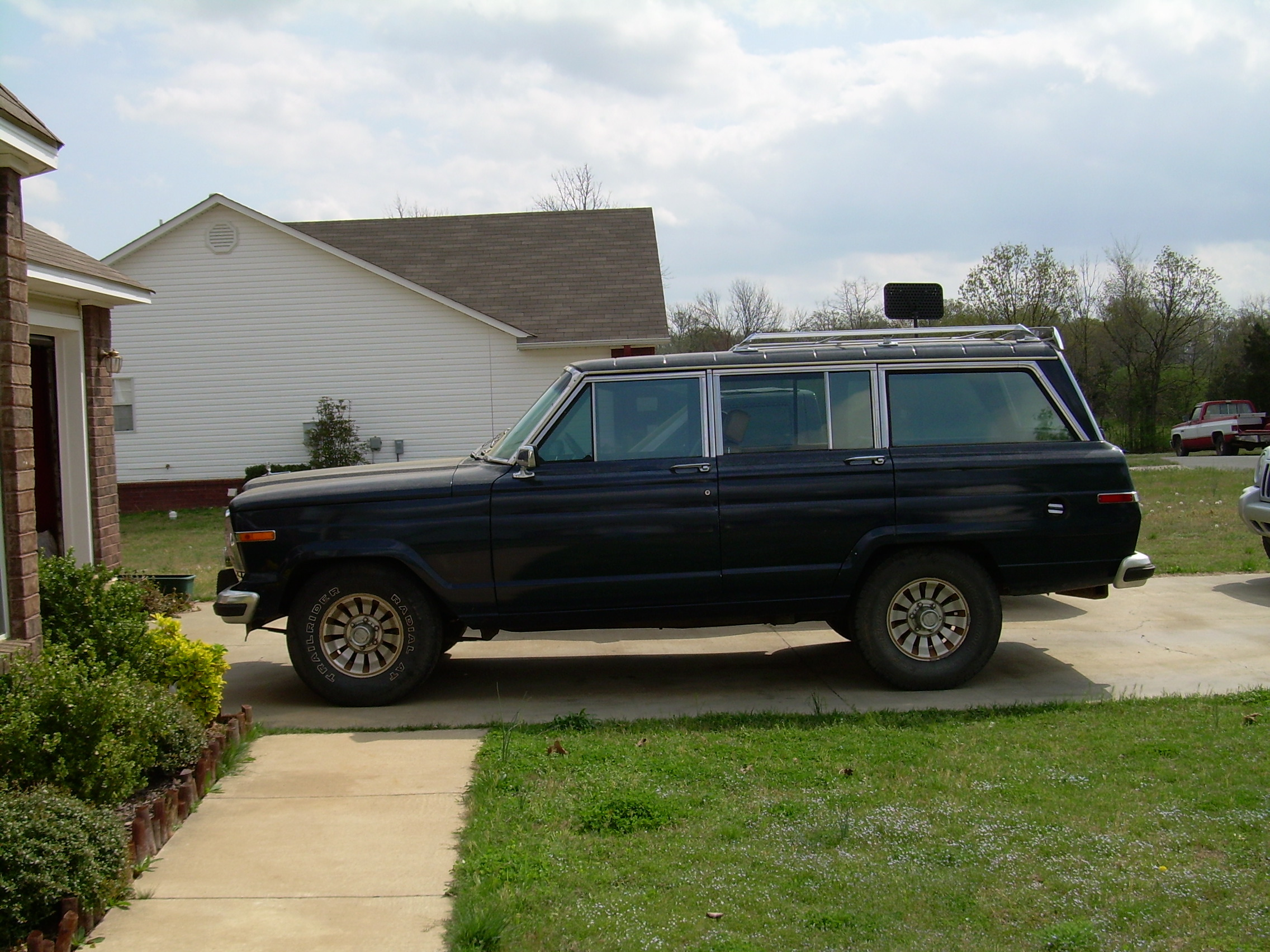 NatePearcy 1986 Jeep Grand Wagoneer 12797535