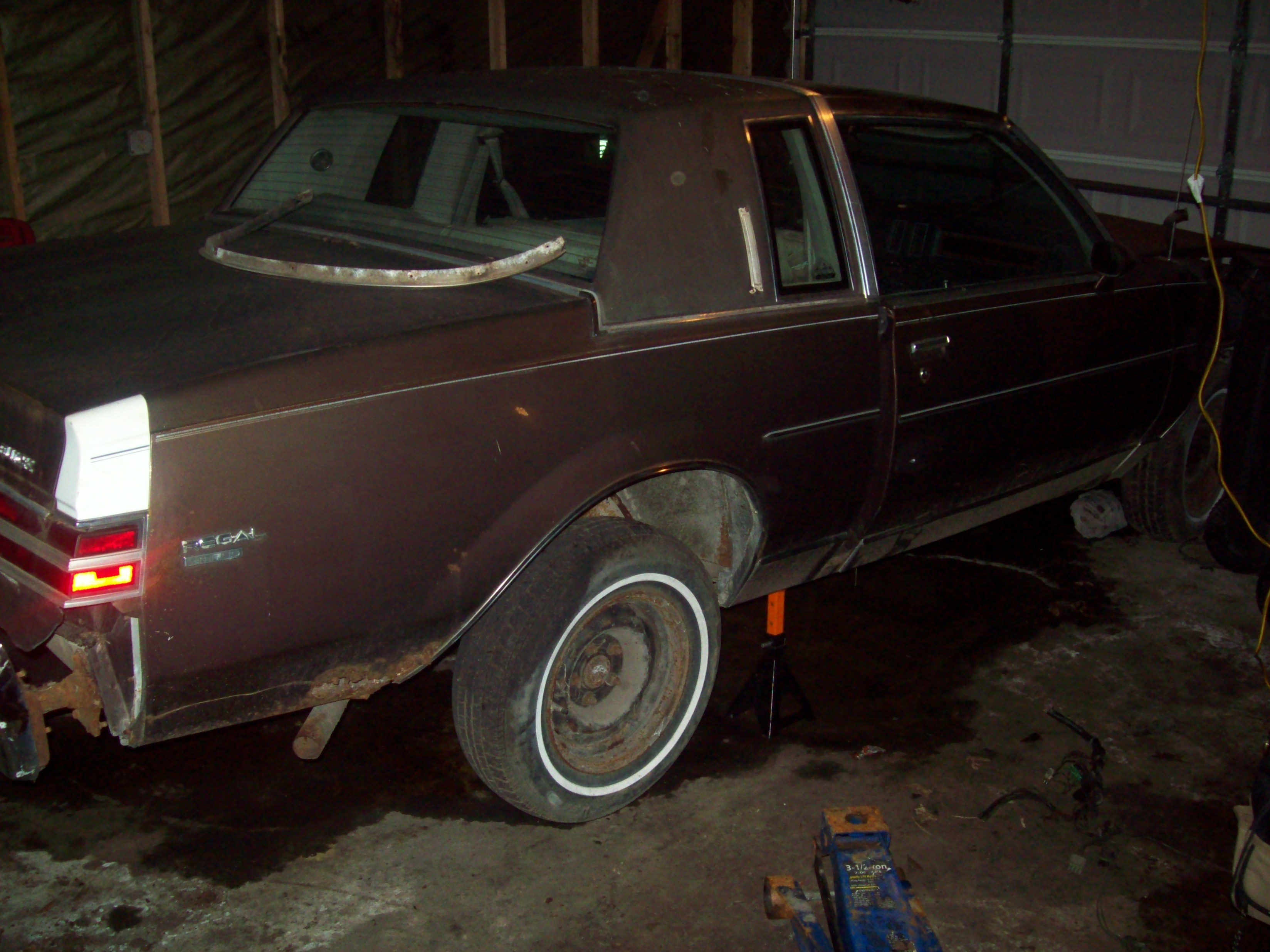Buickboy24's 1984 Buick Regal