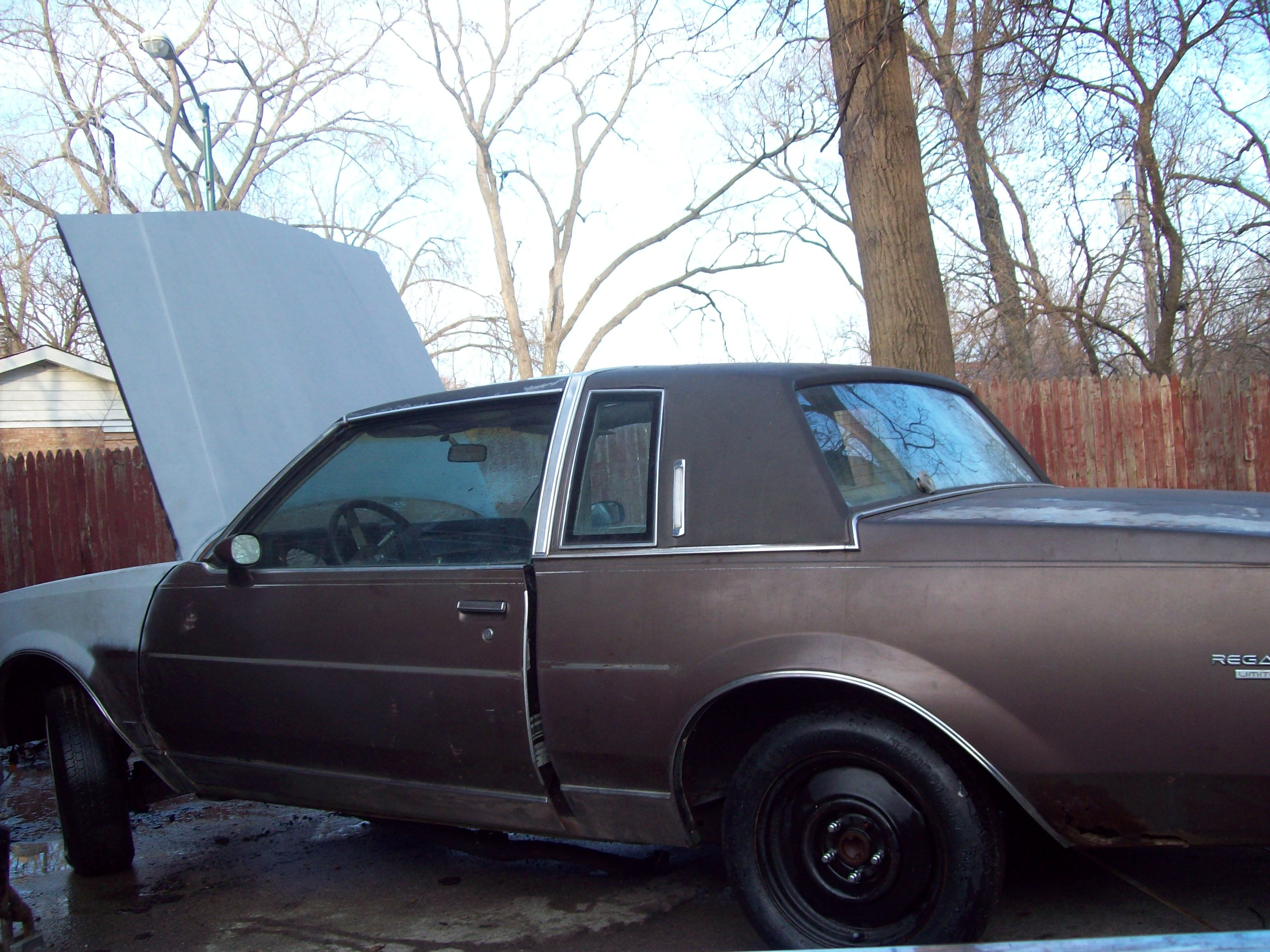 Buickboy24 1984 Buick Regal 12860870