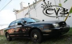 3297605 2004 Ford Crown Victoria