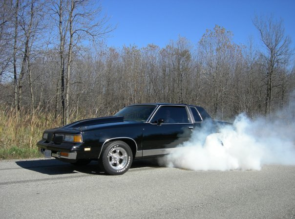 Another kinchy 1981 Oldsmobile Cutlass Supreme post... - 12803661