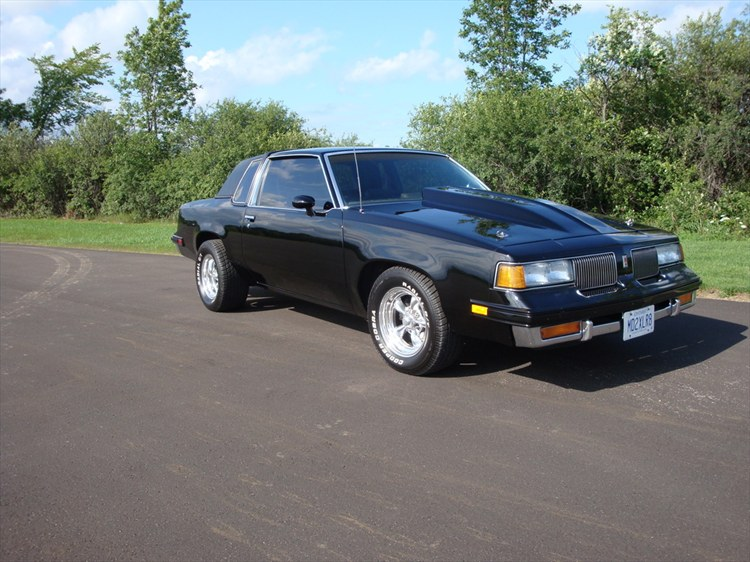 Another kinchy 1981 Oldsmobile Cutlass Supreme post... - 12803664