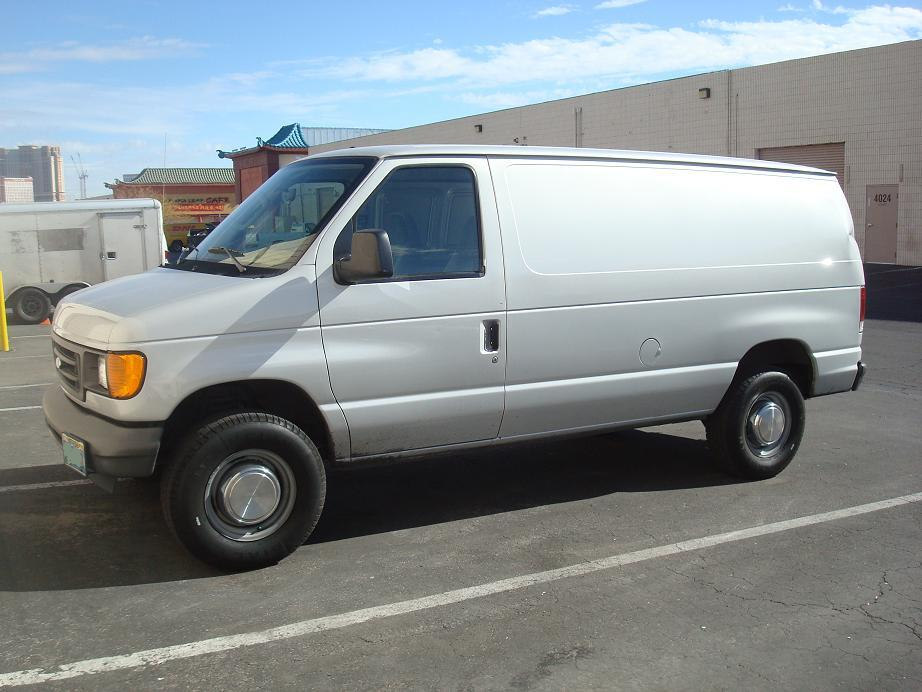 1992lebarongtc 2004 ford econoline e150 passenger specs. Black Bedroom Furniture Sets. Home Design Ideas