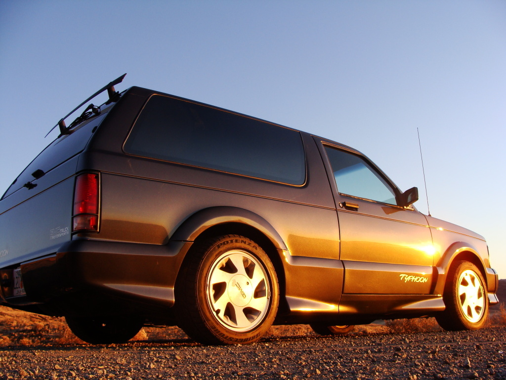 6deception9 1993 GMC Typhoon