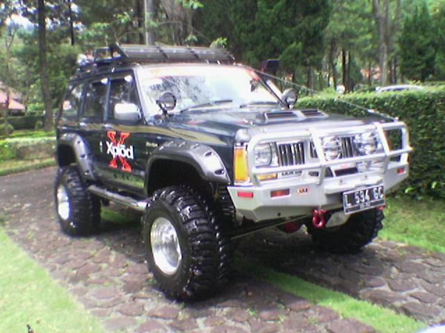 BREAKERZ_JEEP 1997 Jeep Cherokee 12815644