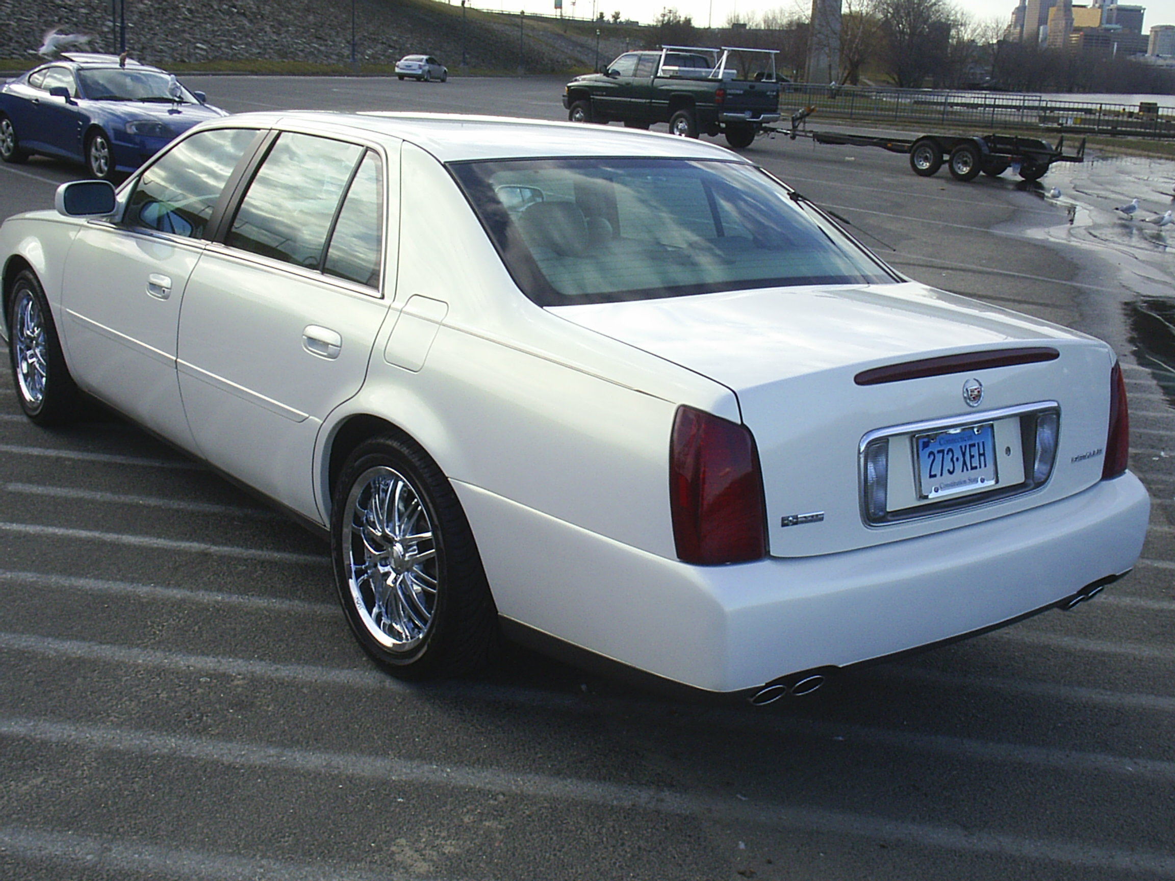Another DalTee 2004 Cadillac DeVille post... - 12831184