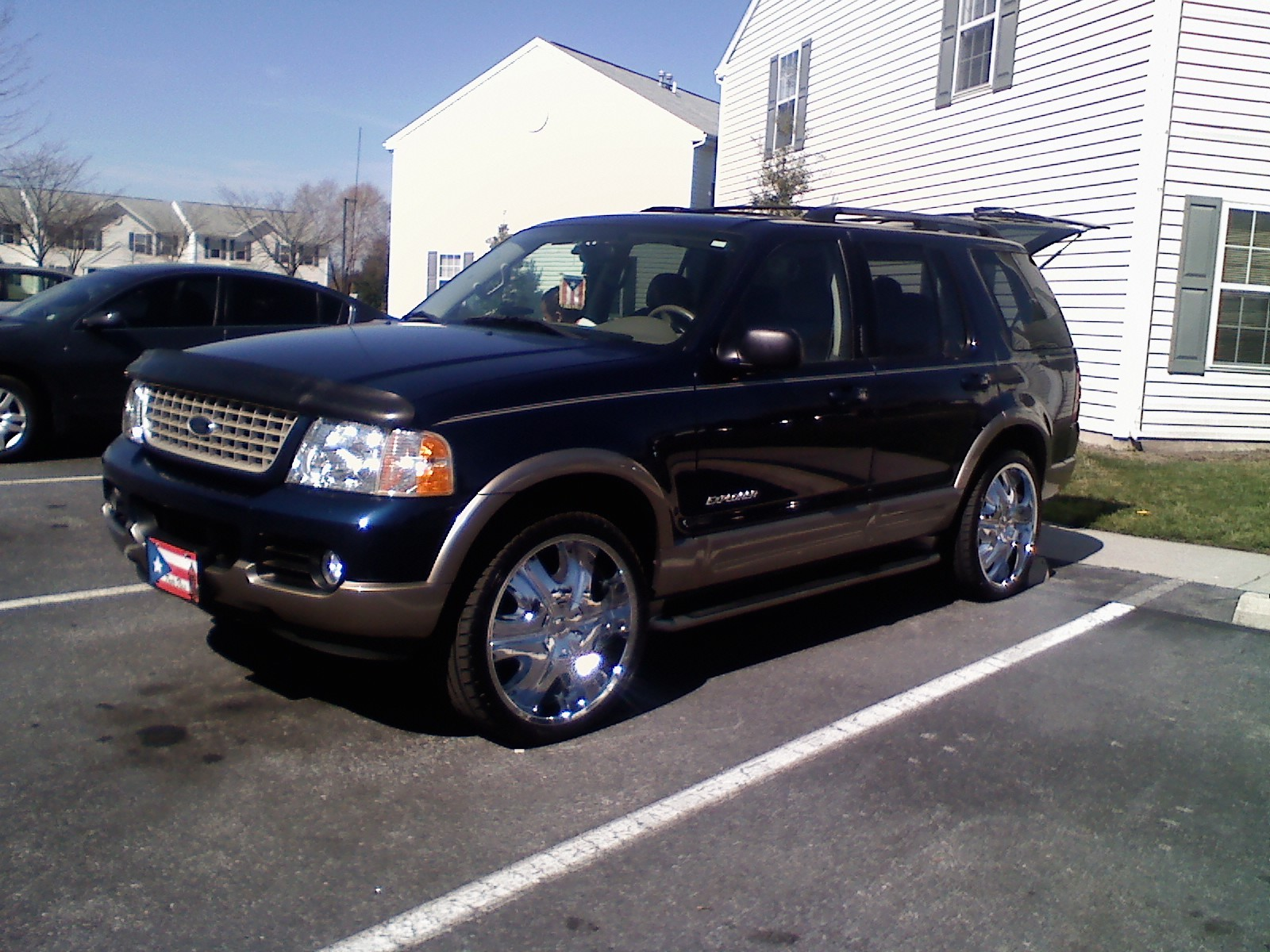 Angelcutty 2004 Ford Explorer 12832993