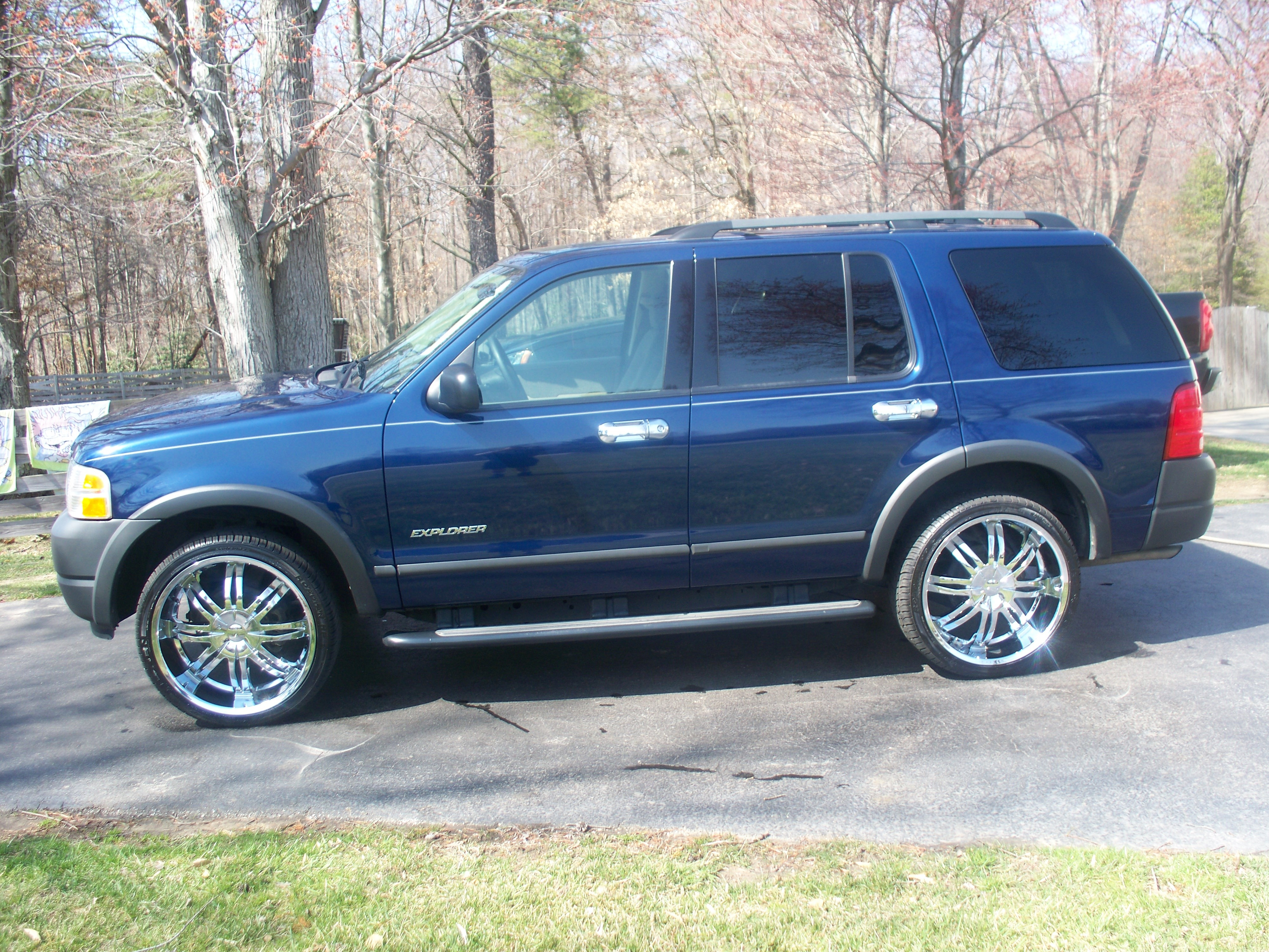 mitchsexplorer 2004 ford explorer specs photos. Black Bedroom Furniture Sets. Home Design Ideas