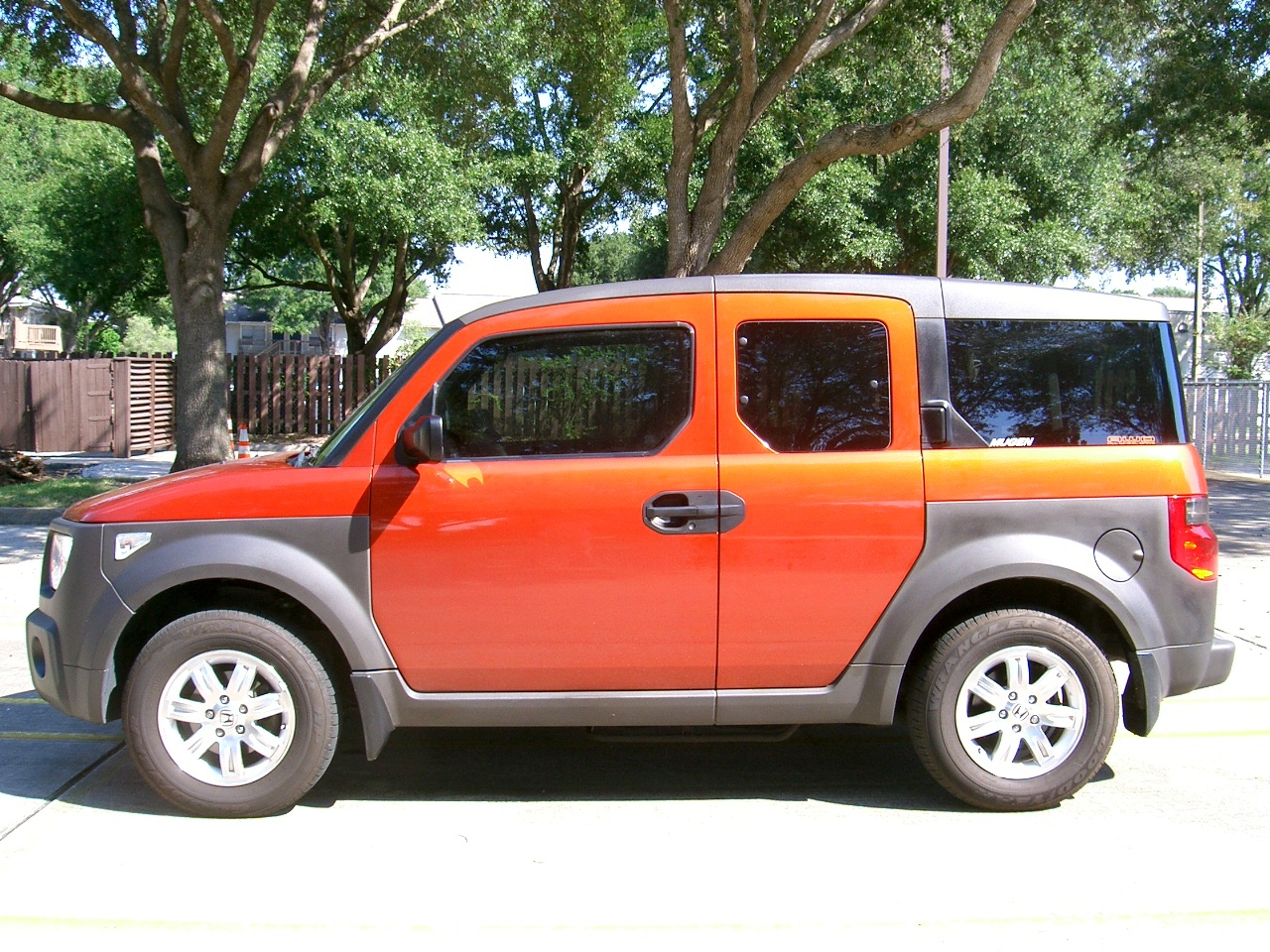 ganzibye 2003 Honda Element