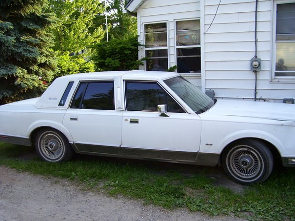 Lowridinlincoln 1989 Lincoln Town Car 9539292