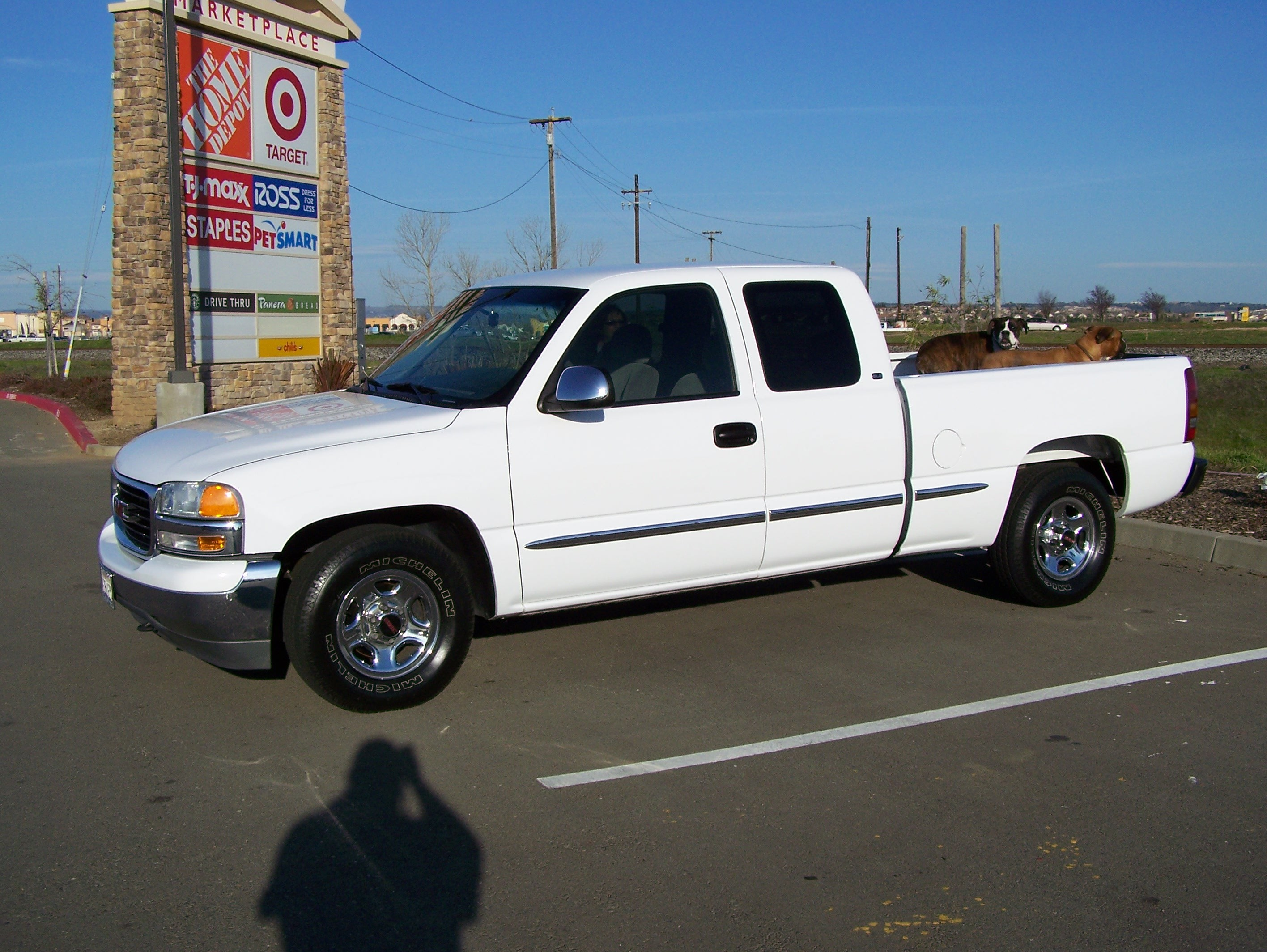 pudgee 2000 gmc sierra 1500 extended cab specs photos modification info at cardomain. Black Bedroom Furniture Sets. Home Design Ideas