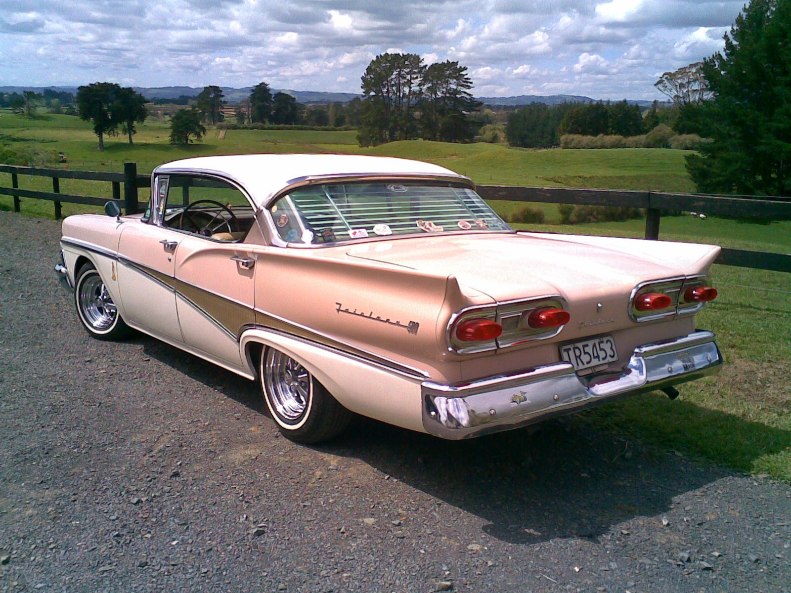 Cruisin58's 1958 Ford Fairlane