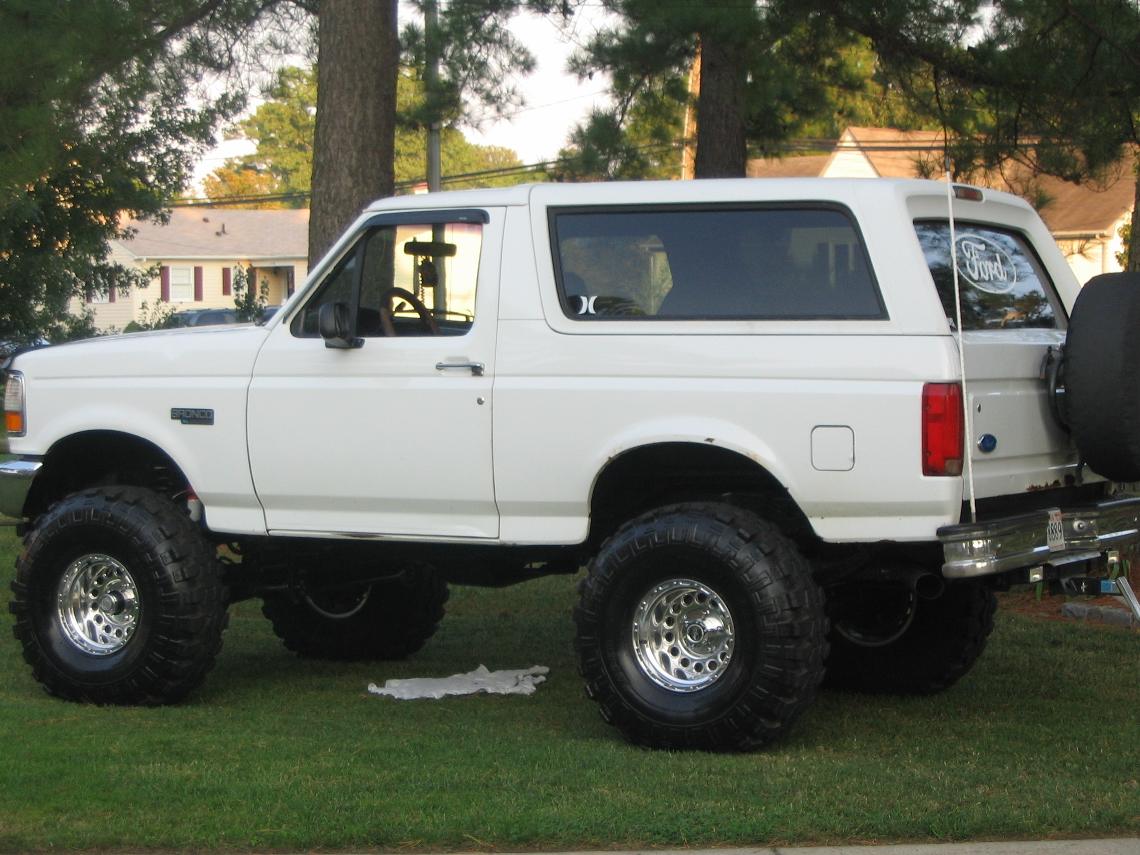 1995 Ford Bronco >> Whtebronco 1995 Ford Bronco Specs Photos Modification Info