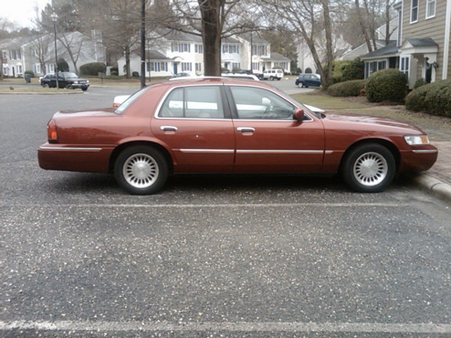 Another c504holla 2001 Mercury Grand Marquis post... - 12893488