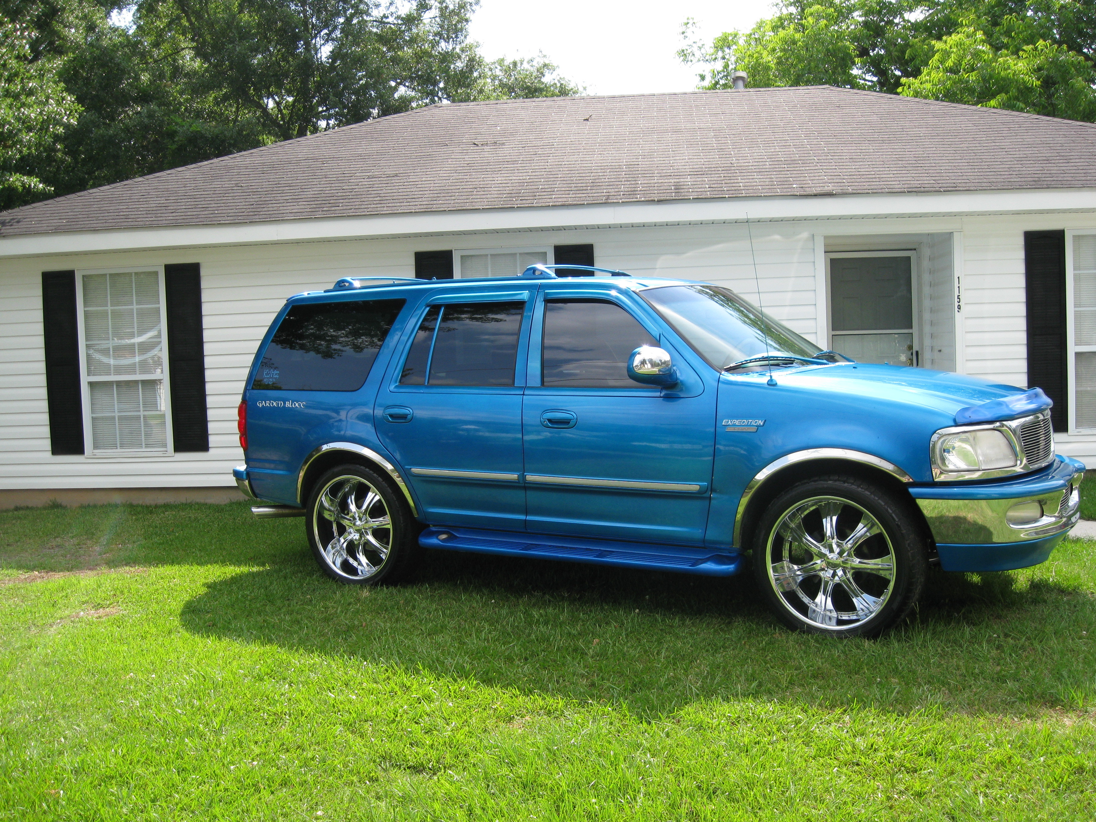 pimpcjason 1998 Ford Expedition