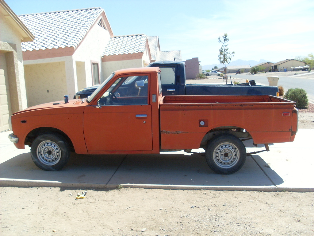 burnzya85 1973 Toyota HiLux Specs, Photos, Modification Info at
