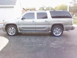 2001 yukon denali xl on 22