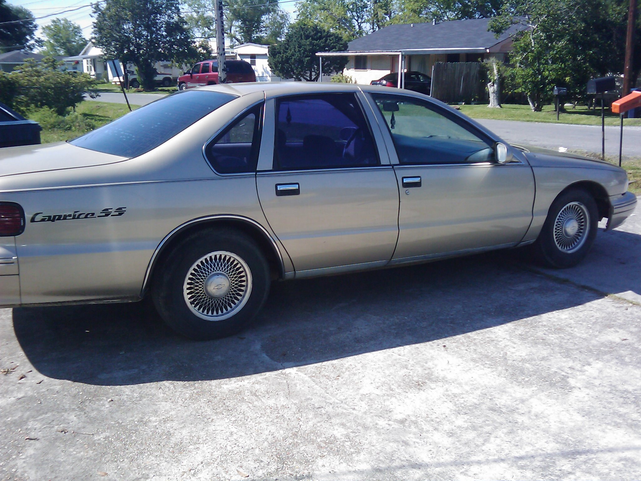 Another b_i_g_cg 1995 Chevrolet Caprice post... - 12909173