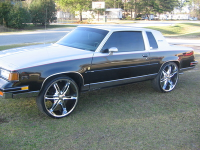 LilJohns 1987 Oldsmobile Cutlass Supreme