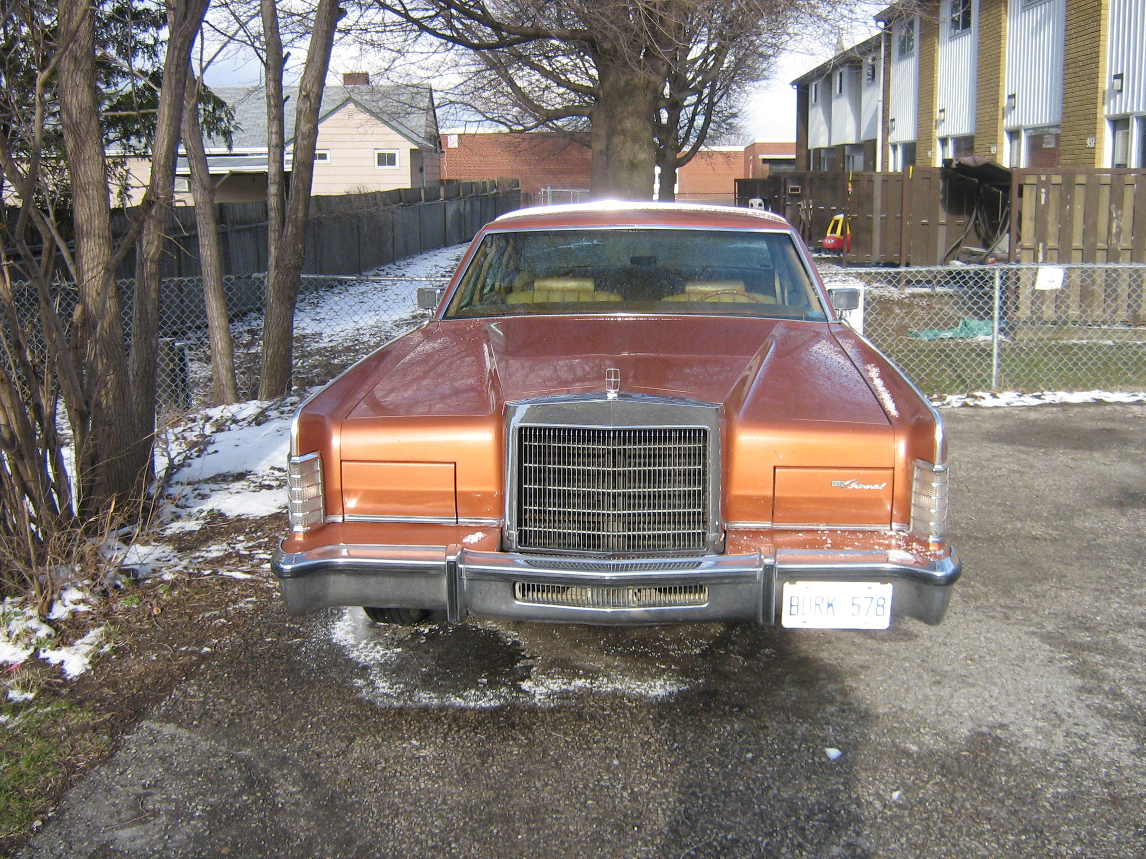 One_Fast_Omni 1977 Lincoln Continental 12919890