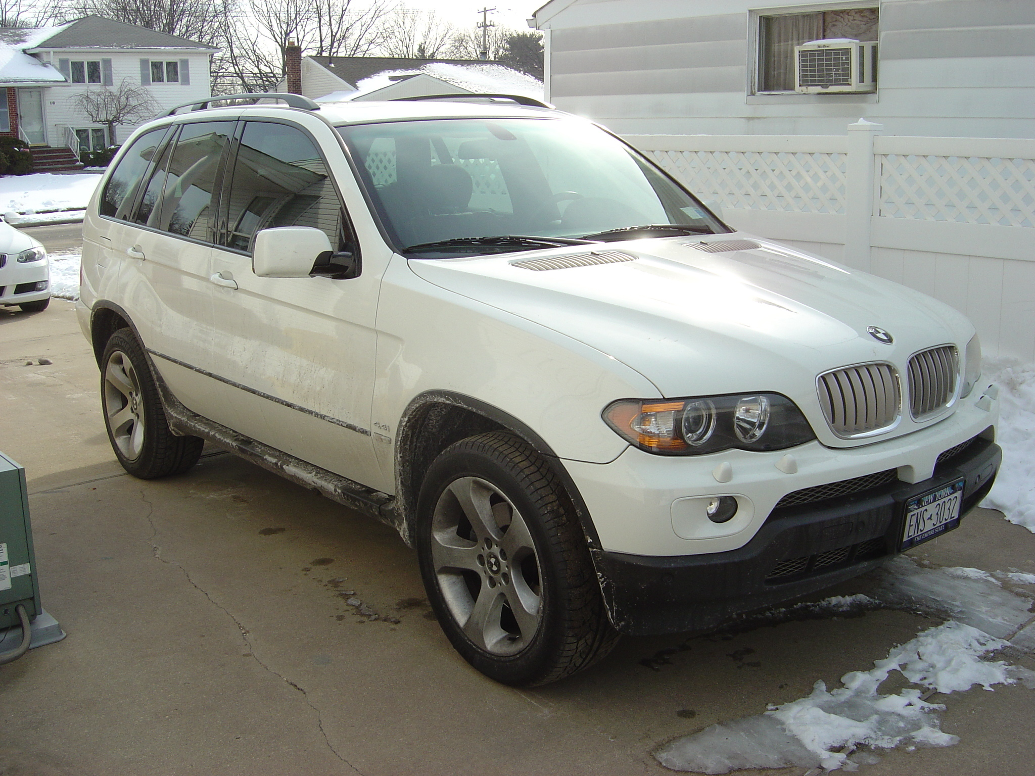 statusdetailing 2006 bmw x5 specs photos modification info at cardomain. Black Bedroom Furniture Sets. Home Design Ideas