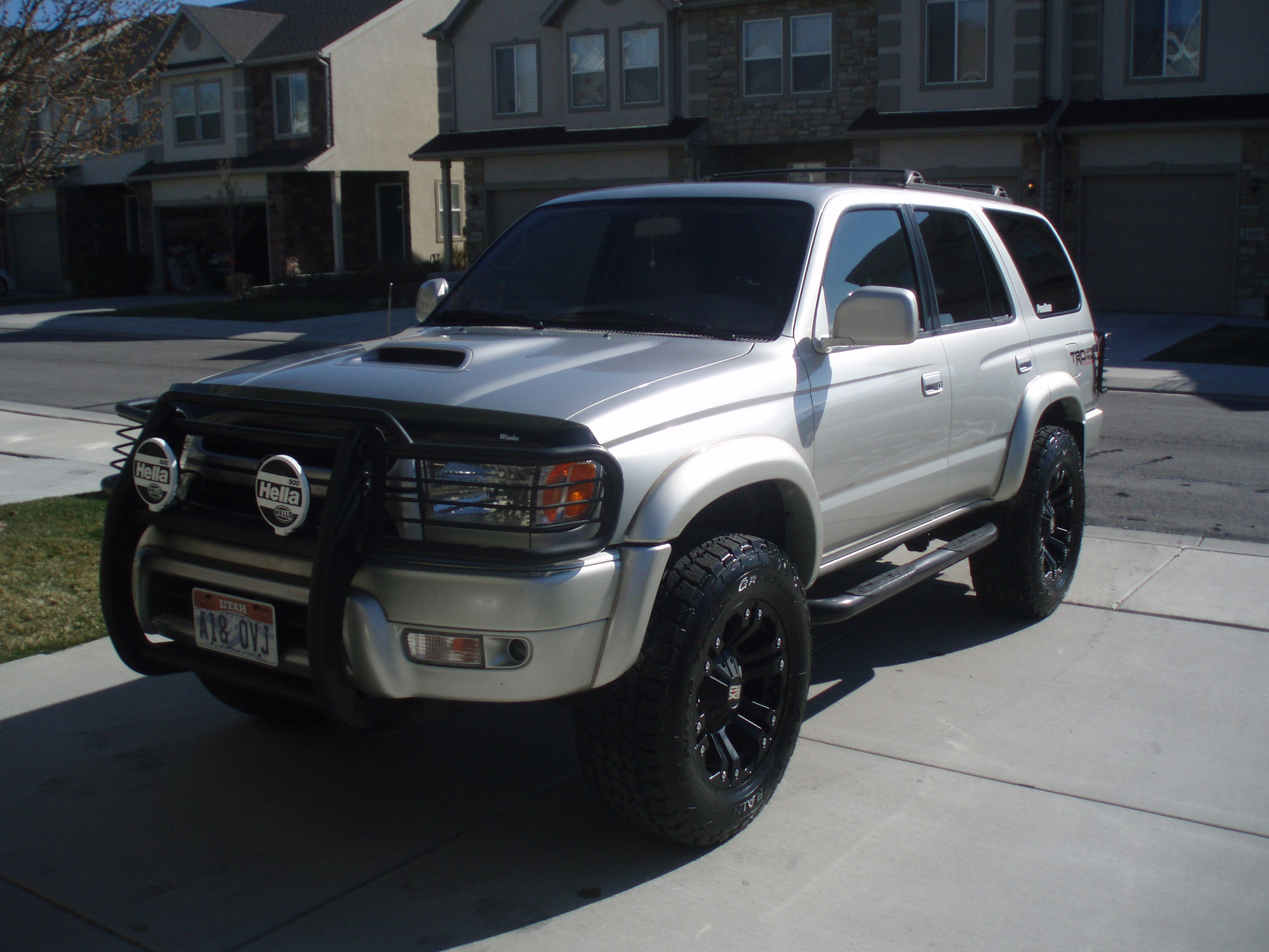 Great NIttany26 2001 Toyota 4Runner