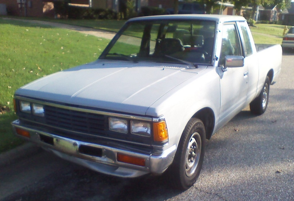 drvwycstm 1985 Nissan 720 Pick-Up 12930282