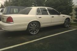 v-cents 2004 Ford Crown Victoria