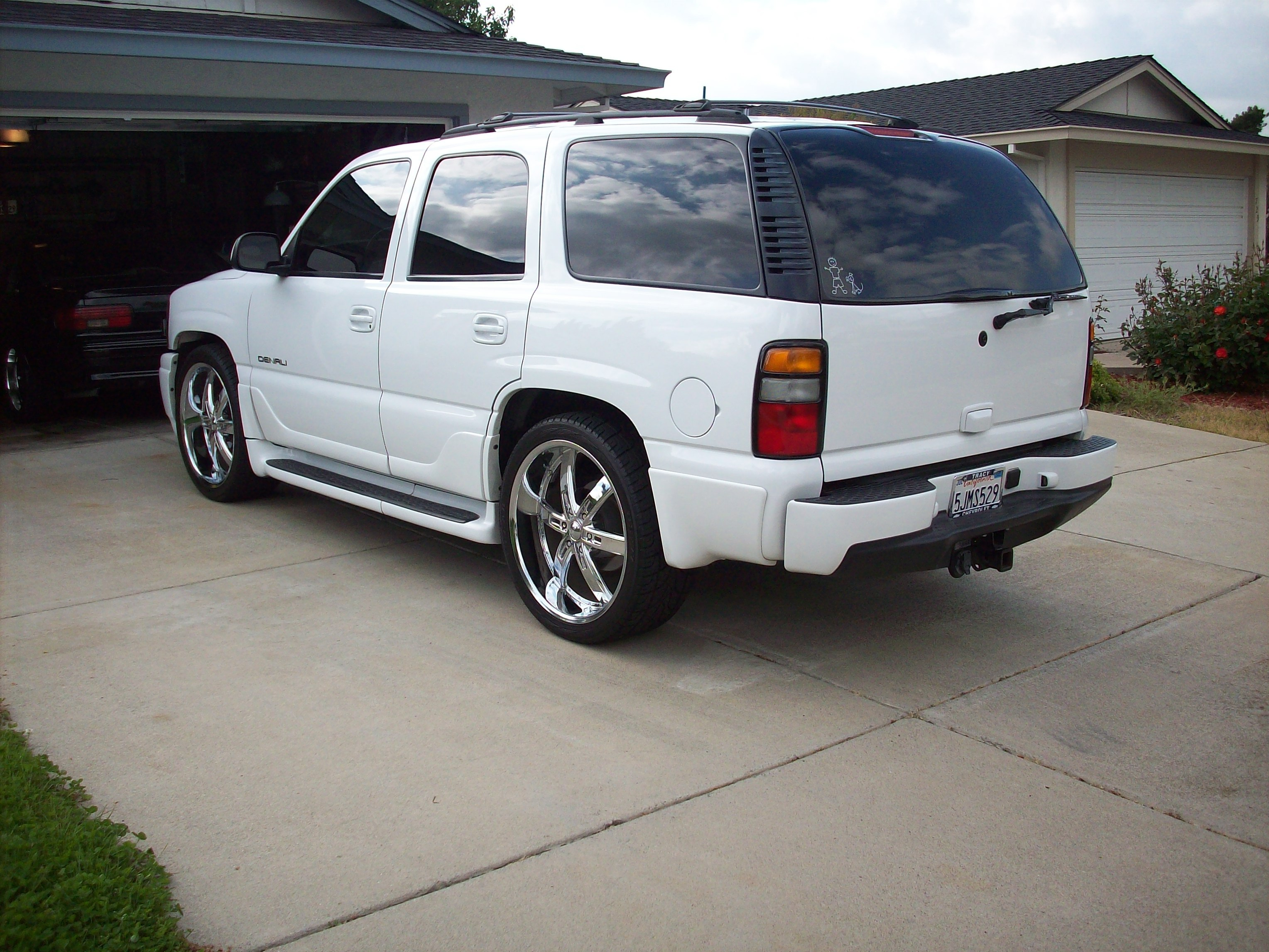 lt4t56ss 2004 gmc yukon denali specs photos modification. Black Bedroom Furniture Sets. Home Design Ideas