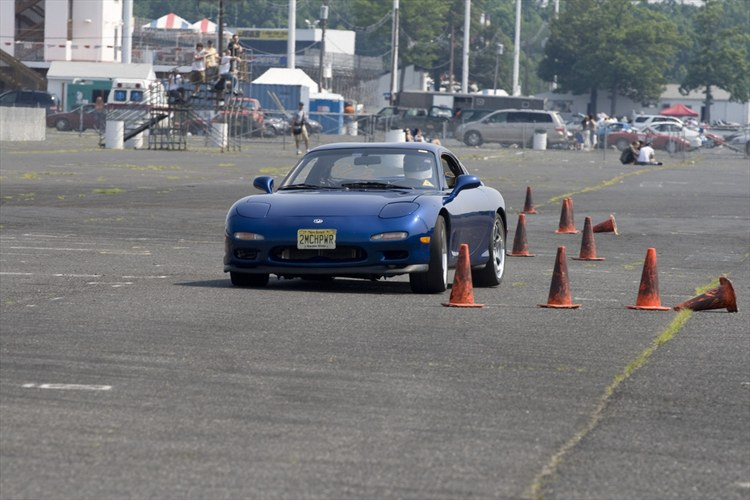 Another TOOMCHPWR 1993 Mazda RX-7 post... - 9543824