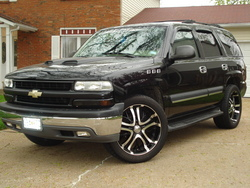 bigpups 2004 Chevrolet Tahoe