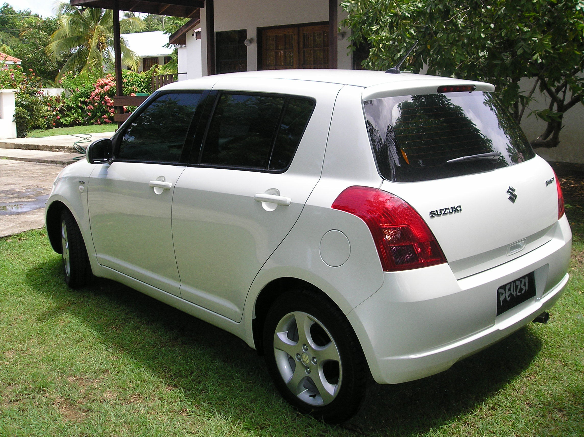 nooxy 2007 suzuki swift specs photos modification info at cardomain. Black Bedroom Furniture Sets. Home Design Ideas